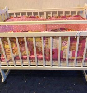 Кроватка детская (2 шт.)