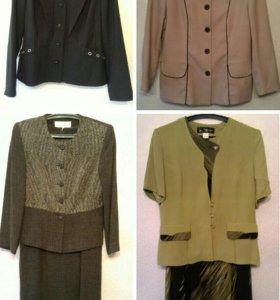 Цена за все: 2 костюма и 2 пиджака, р.46-48