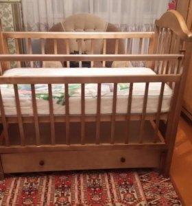 Детская кроватка,артапедический матрац.