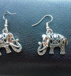 Серьги слоники новые