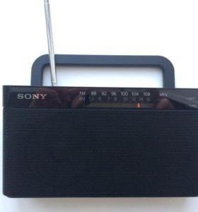 радиоприемник Sony ICF-306/BC