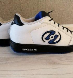 Кроссовки Heelys на колёсиках