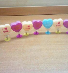 Декоративные сердечки на пружине