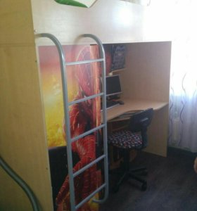 Кровать-чердак рабочим местом