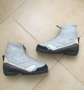 Ботинки лыжные р38