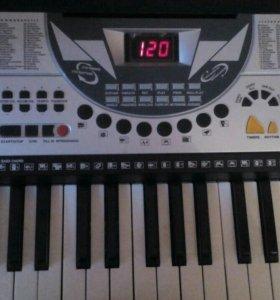 Синтезатор TECHNO KB 910