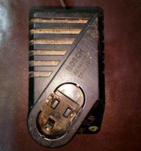 Зарядка шуруповерта Bosch