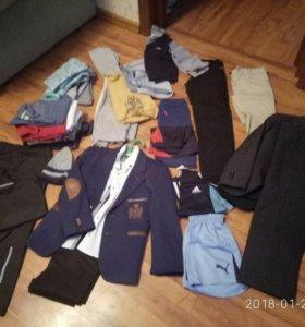 Одежда для мальчика много