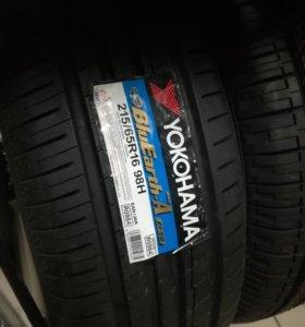 Yokohama 215 65 16