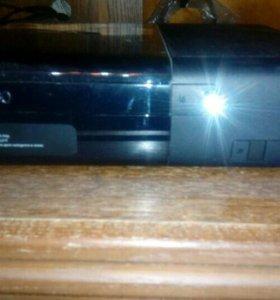 Новый XBOX 360 E + 2 игры и геймпад
