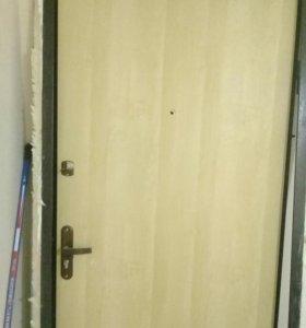 Новая дверь металлическая