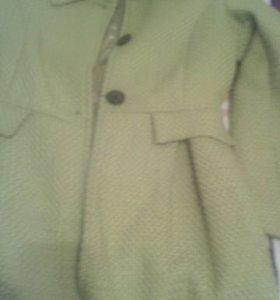 Куртки плащи