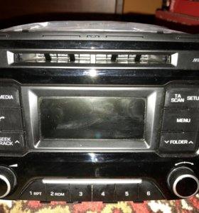 Штатная автомагнитола на Hyundai Creta