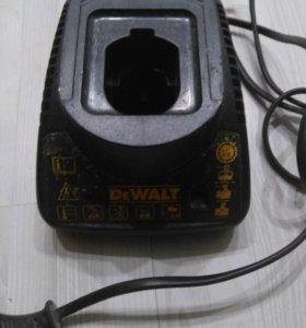 Зарядное устройство для Dewalt