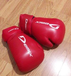 Боксёрские перчатки 6 унций