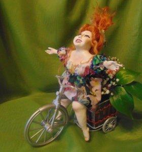 Сувенирная кукла (подставка для цветов)