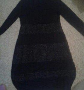 Новое трикотажное платье . Италия