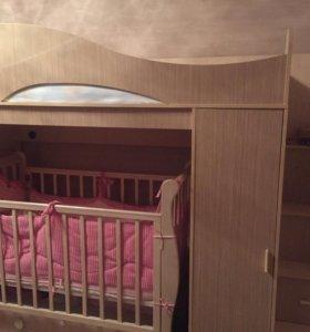Двухъярусная детская кровать-чердак