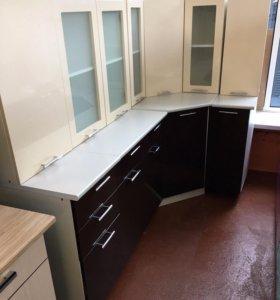 Кухня угловая Ксения МДФ 1,15х2,05 (Ваниль/шок)