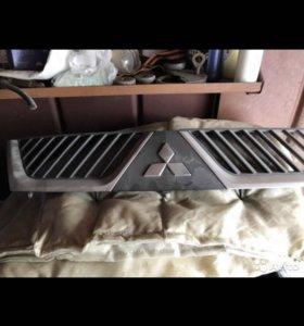 Решётка радиатора Аутлендер XL