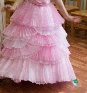 Шикарное выпускное платье для маленькой приецессы