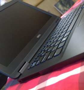 Ноутбук DeLL Ultrabook Latitude E7270 (i5 vPro)