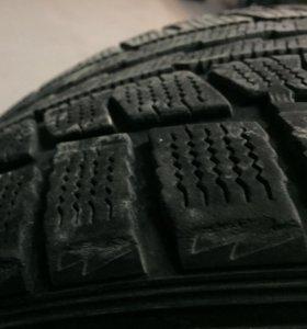Dunlop 235/45/17 зима