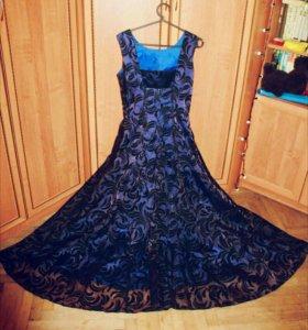 Шикарное платье в пол 44 - 46 размер