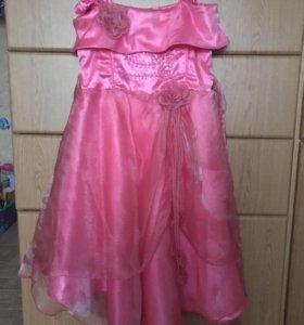 Нарядное платье для девочки 5-6 лет