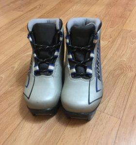 Ботинки лыжные с автоматическим креплением