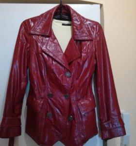 Куртка кожанная лаковая