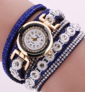 Женские часы к 8 марта в разных цветах. НОВЫЕ!