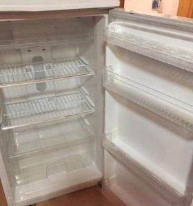 Холодильник deо