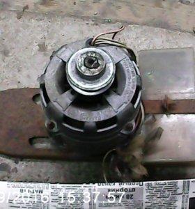 эл. мотор на стиралку.