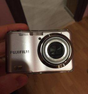 Фотоаппарат 12 мегапикселей с картой 1гб