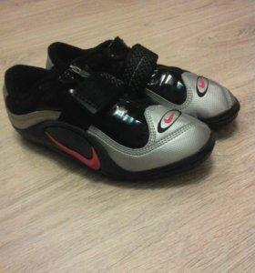 Металки Nike Zoom Rotational