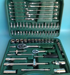 Набор инструментов в чемодане 78 предметов