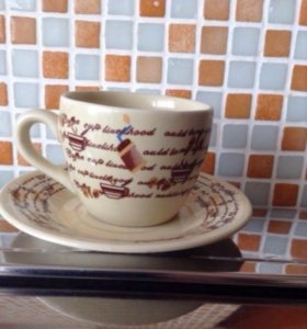 5 чашек с блюдцами для кофе