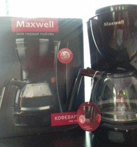 Продаётся кофеварка новая