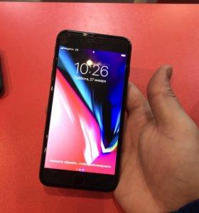 iPhone 8 Plus чёрный и iPhone 7обмен на X