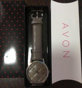 Часы Avon женские