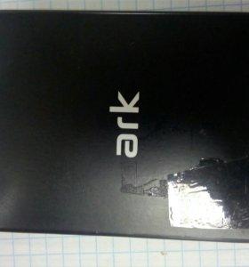 Куплю батарейку на телефон арк