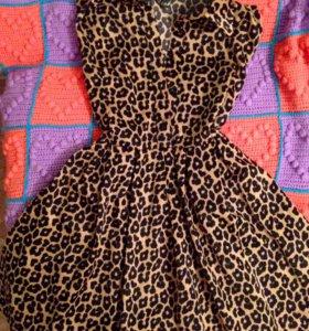 Платье новое , 40-42 размер