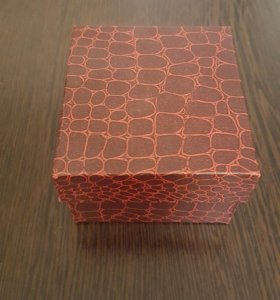 Подарочная коробка под часы