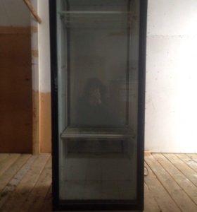 Два холодильника
