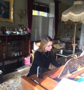 Уроки вокала, фортепиано, гитары, сольфеджио...