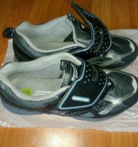 Осенне-весенние ботинки безшнурковые 44р Dunlop