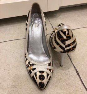 Туфли-лодочки Roberto Cavalli