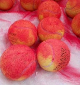 Теннисные шарики красные