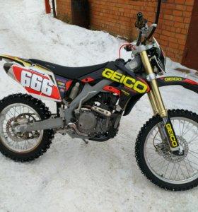 X moto 250